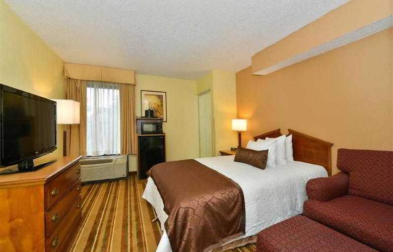 Best Western Plus Richmond Airport Hotel - Hotel - 68