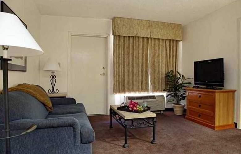 Hampton Inn & Suites Scottdale - Hotel - 5
