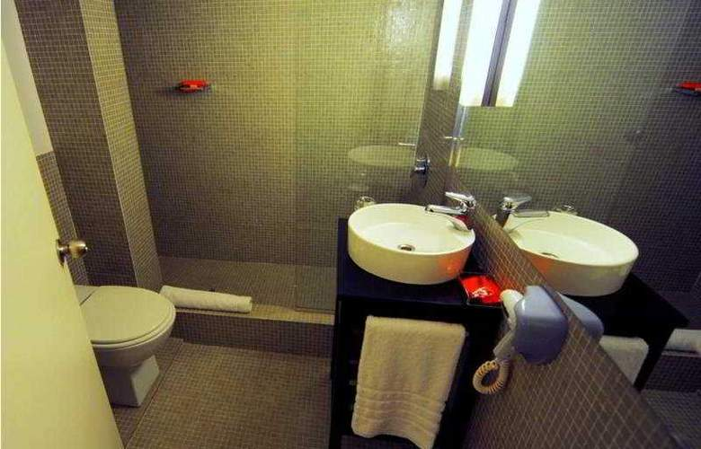 Room Mate Carlos - Room - 4