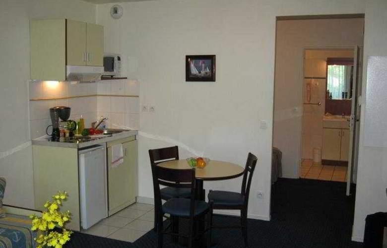 Appart City Louveciennes - Room - 3