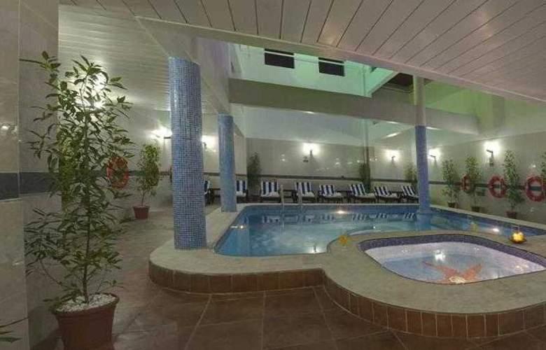 City Tower Fujairah - Pool - 10
