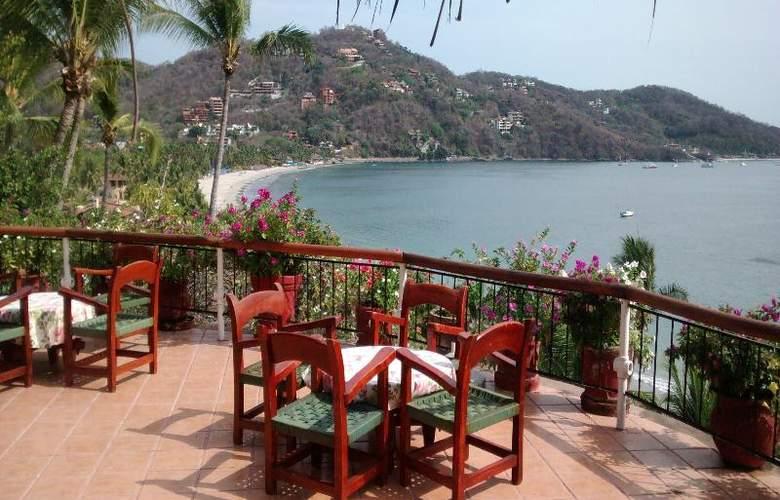 Catalina Beach Resort - Terrace - 55