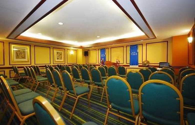 Quality Inn Boston-Revere - Hotel - 14