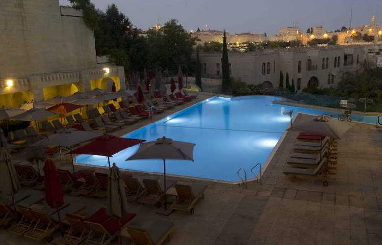 The David Citadel Hotel - Pool - 37