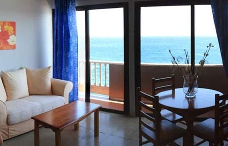 Apartamentos Rocamar - Room - 4