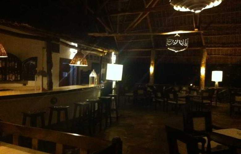 Villas Watamu Resort - Bar - 9