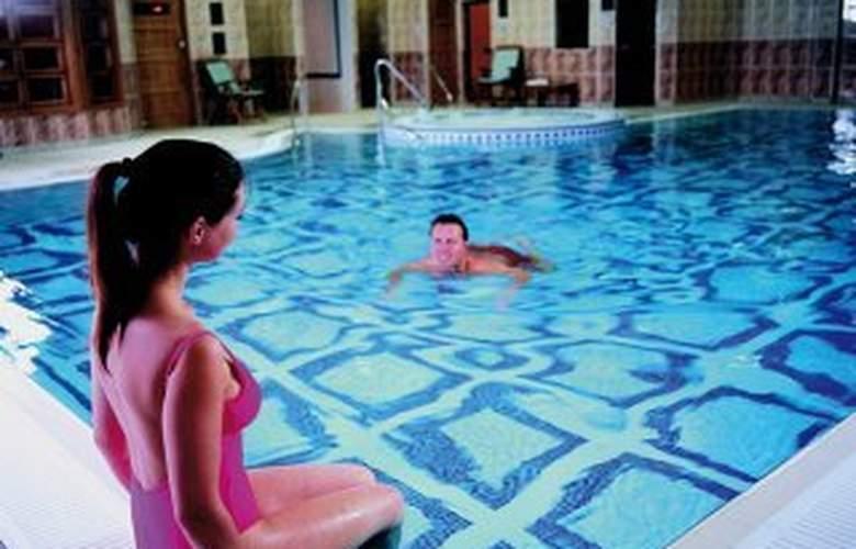 Mercure St Albans Noke - Pool - 3