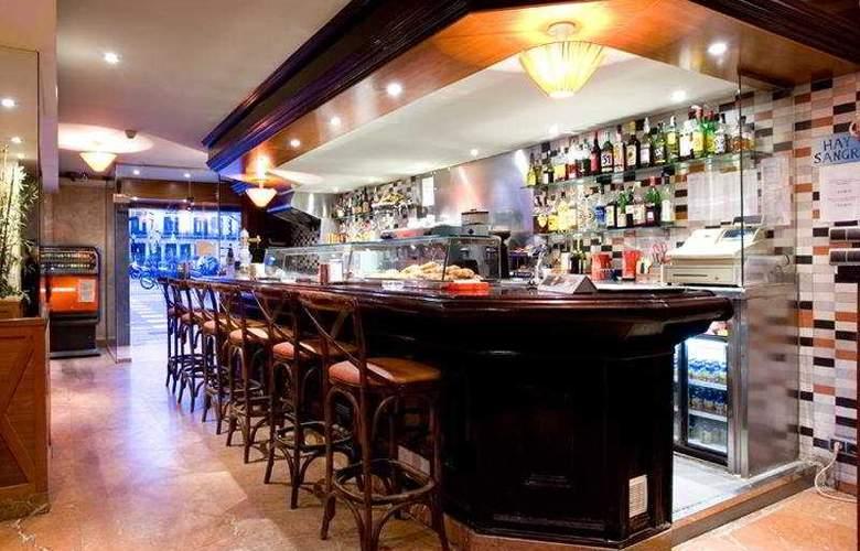 Oasis - Bar - 5
