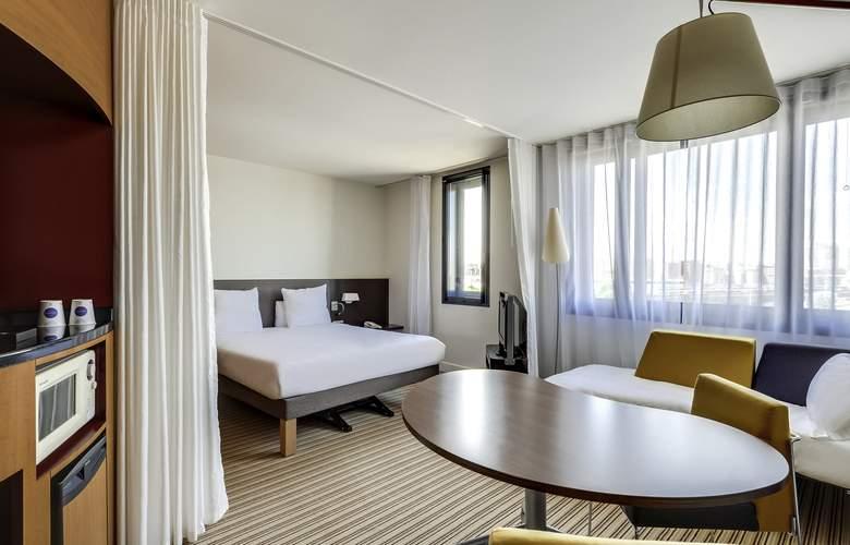 Novotel Suites Paris Nord 18ème - Room - 6