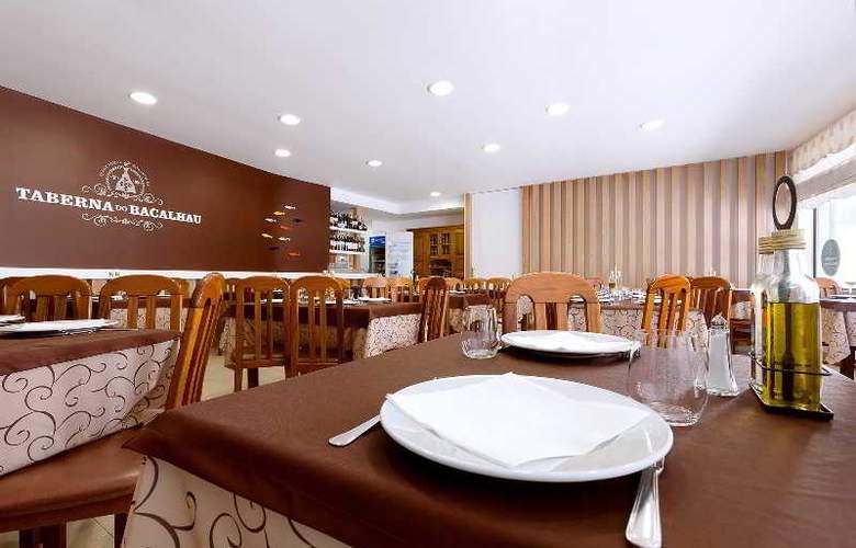 Ribeiro Hotel - Restaurant - 10
