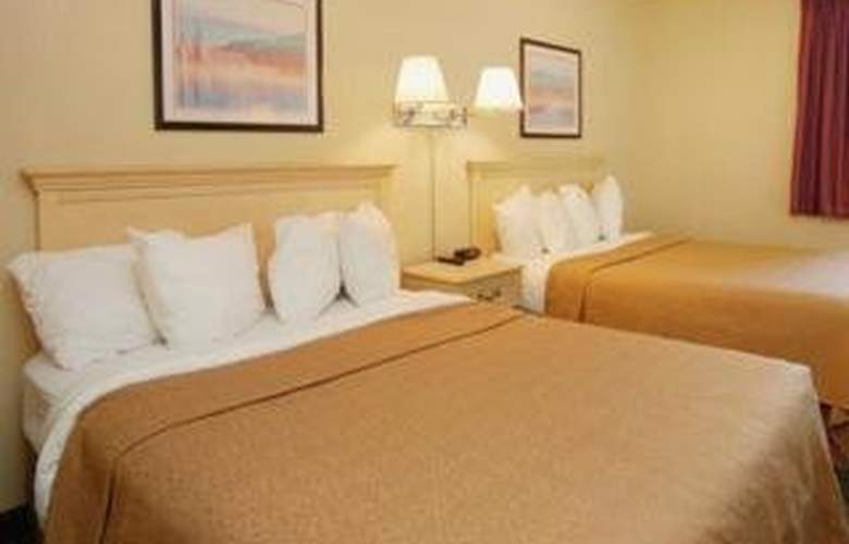 Quality Inn & Suites (Romulus) - Room - 3