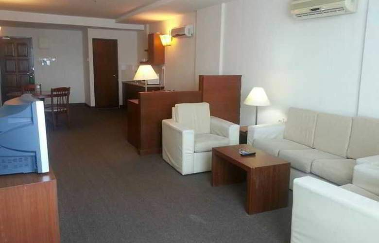 The Krystal Suites Service Apartment - Room - 6