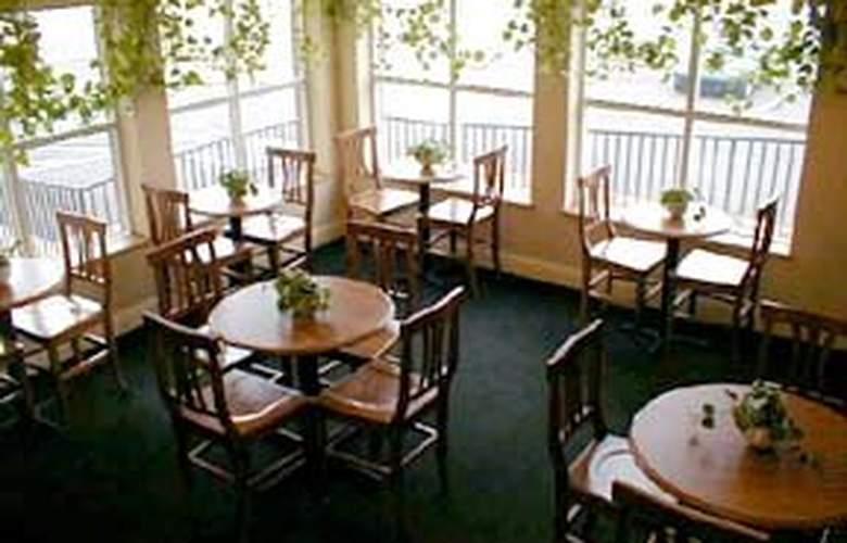 Comfort Inn at Founders Tower - General - 1