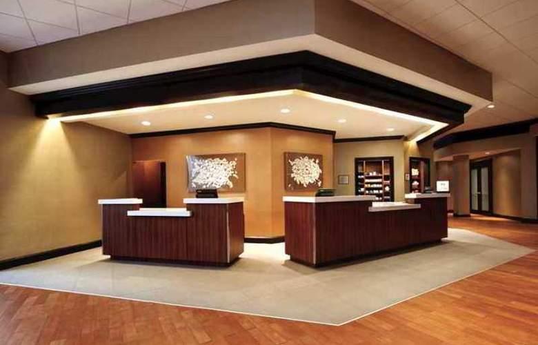 Hilton Durham near Duke University - Hotel - 5
