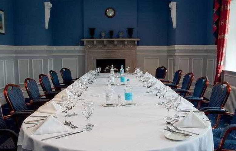 Best Western Chilworth Manor Hotel - Hotel - 8