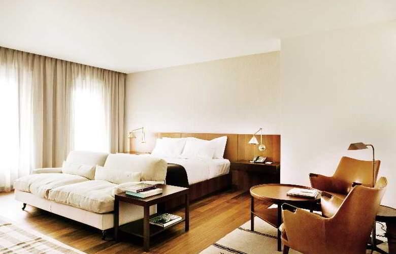 Square Nine Belgrade - Room - 12