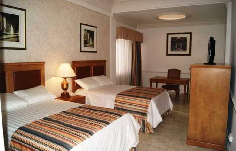 Savoy Express Torreon - Room - 4