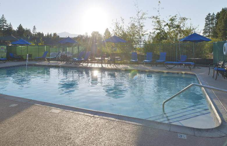 Lake Tahoe Vacation Resort - Pool - 13