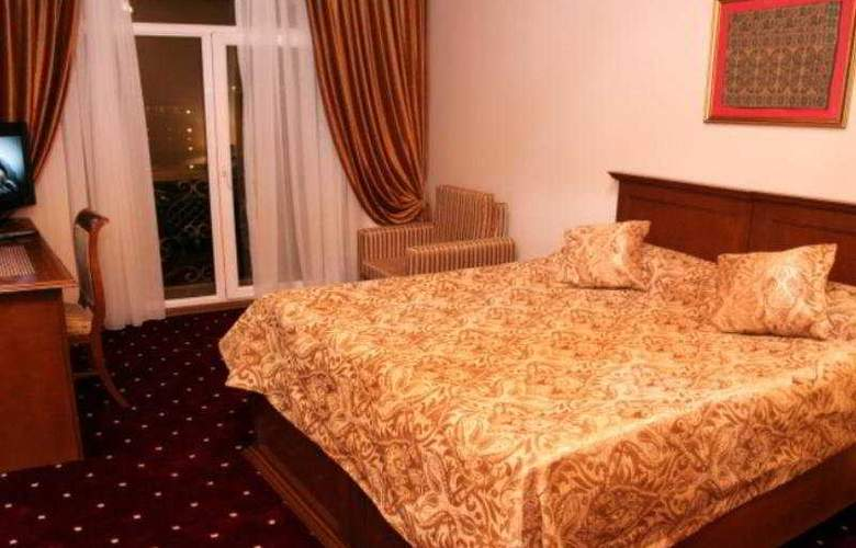 East Legend Panorama Hotel - Room - 4