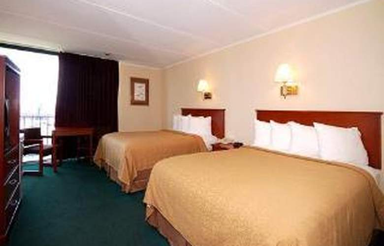Quality Inn & Suites North - Room - 5