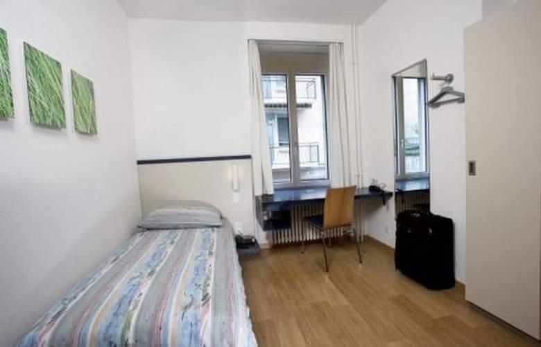 Bristol - Room - 4