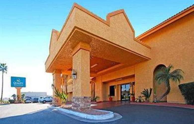 Quality Inn & Suites Mesa - Hotel - 0
