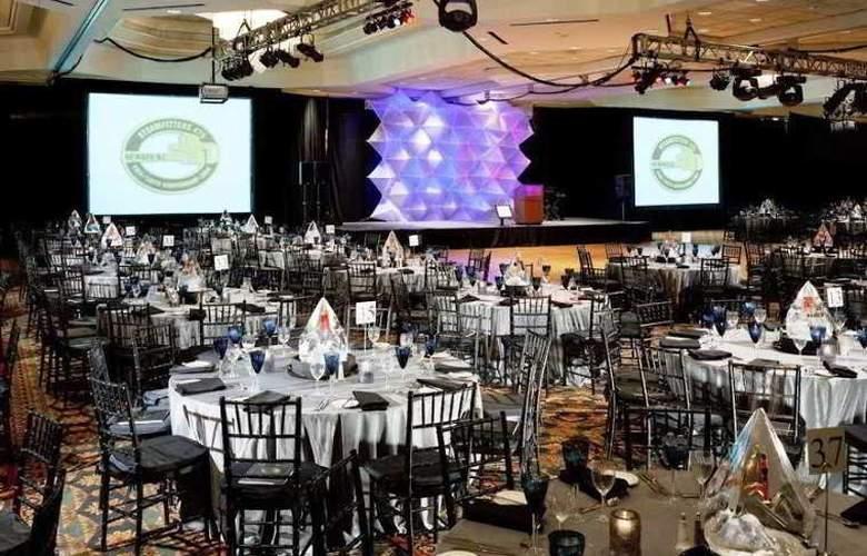 Hilton East Brunswick Hotel & Executive Meeting - Conference - 15