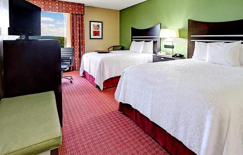 Hampton Inn Hot Springs - Room - 9