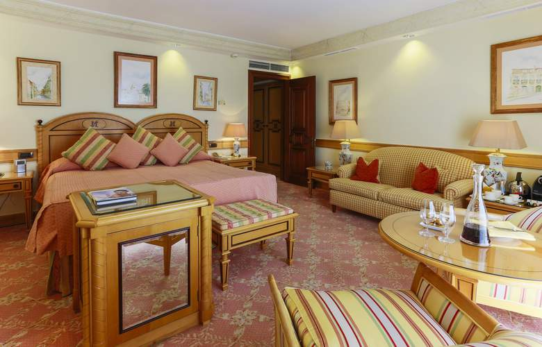 Olissippo Lapa Palace - The Leading Hotels of the World - Room - 12