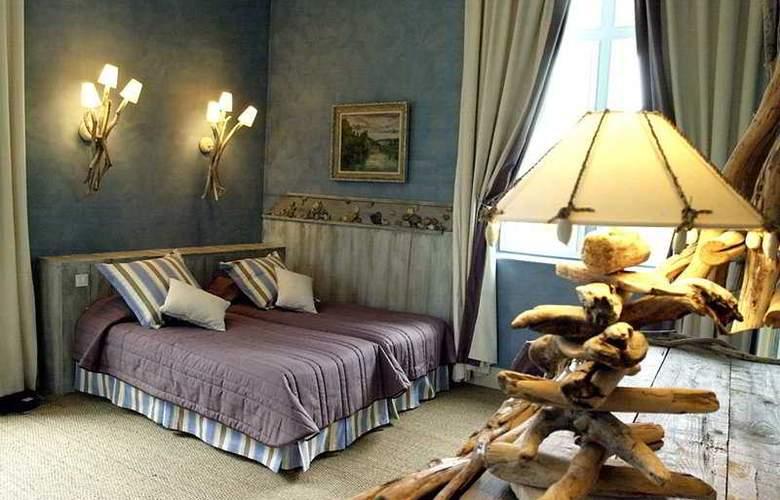 Chateau Des Reynats - Room - 2