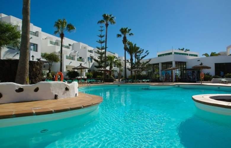 Galeon Playa - Pool - 2