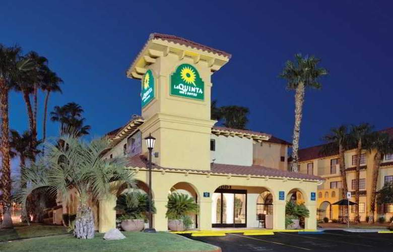 La Quinta Inn & Suites Convention Center - Hotel - 0