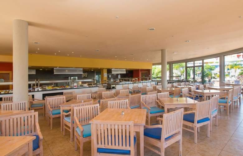 Iberostar Playa Gaviotas Park - Bar - 26