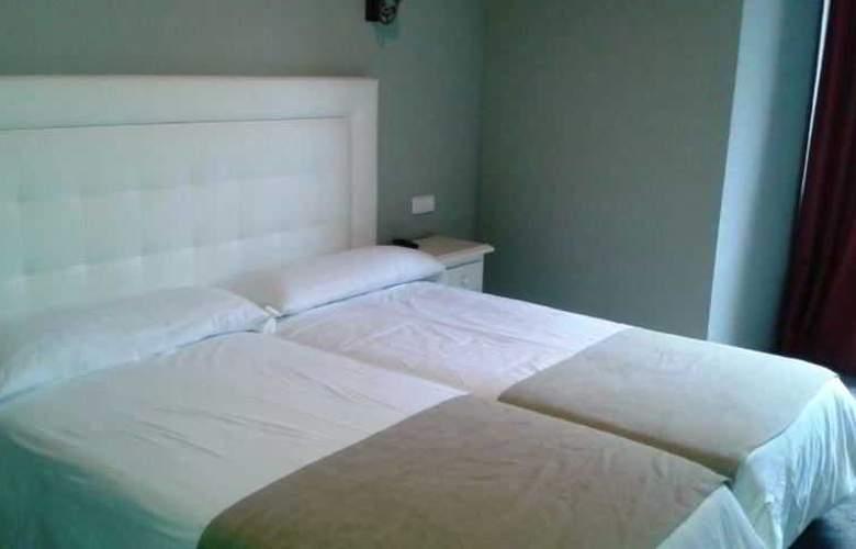 El Pradet - Room - 1