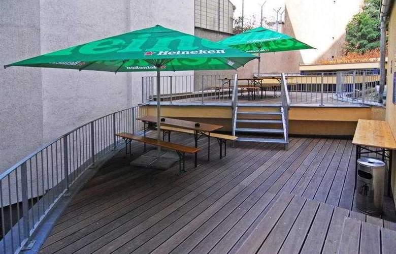 A&O Köln Neumarkt - Terrace - 11