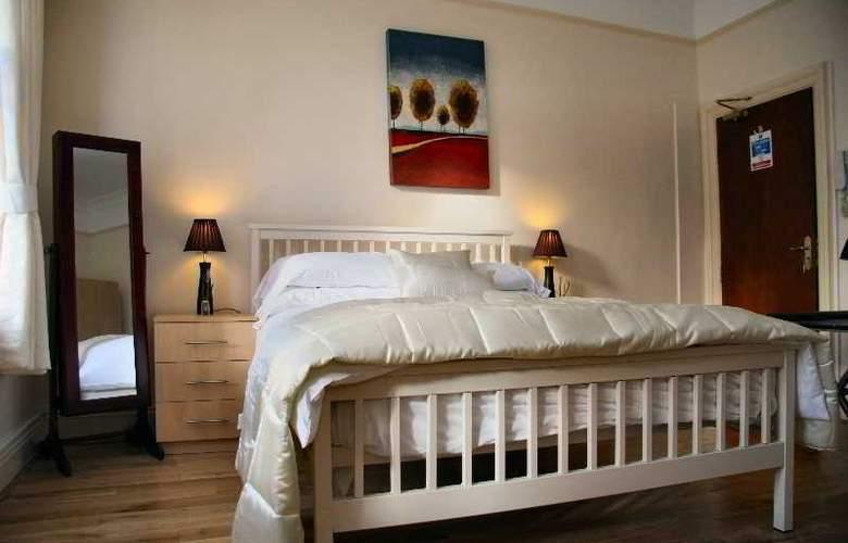 Ullet Suites - Room - 6