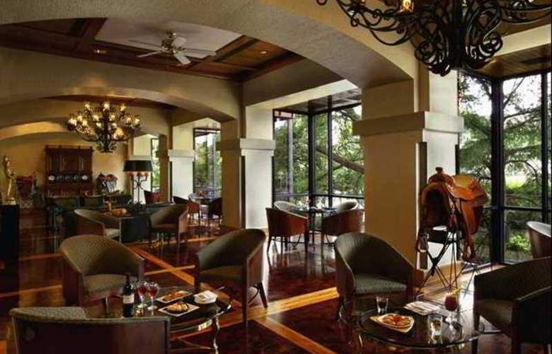 Hilton Palacio del Rio - Hotel - 6