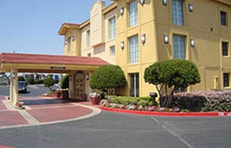 La Quinta Inn Fort Worth West Medical Center - Hotel - 0