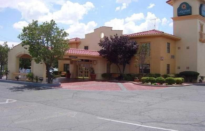 La Quinta Inn Airport West - Hotel - 0