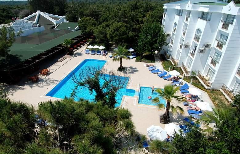 Club Hotel Golf - General - 3