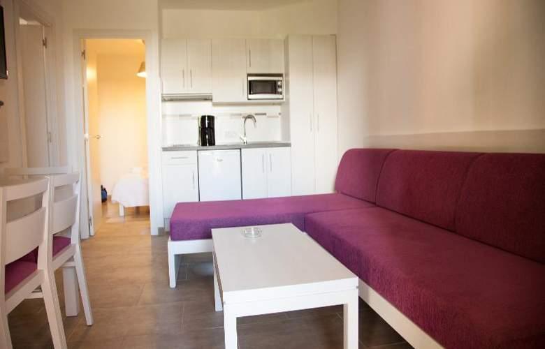 Playa Ferrera - Room - 3