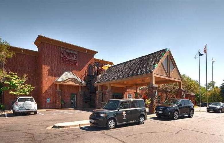 Best Western Plus White Bear Country Inn - Hotel - 40