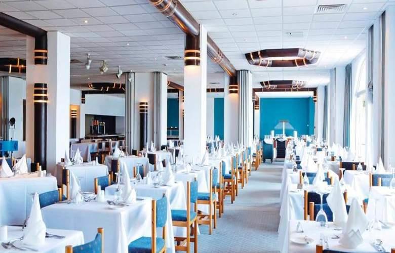 Sunrise Beach Hotel - Restaurant - 15