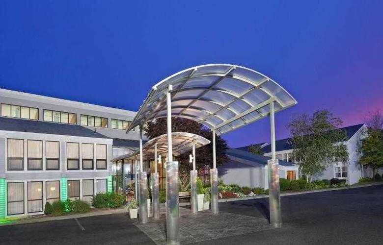 Holiday Inn Cape Cod-Hyannis - Hotel - 10