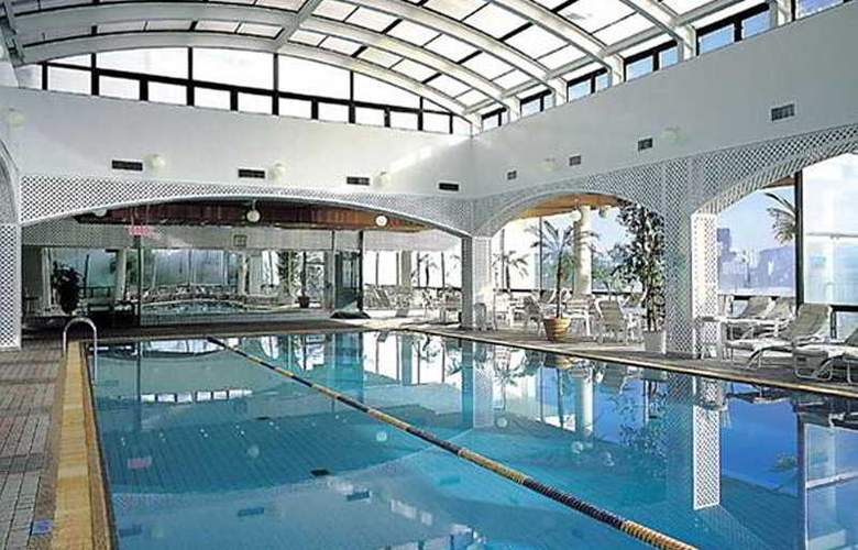 The Westin Chosun Busan - Pool - 5