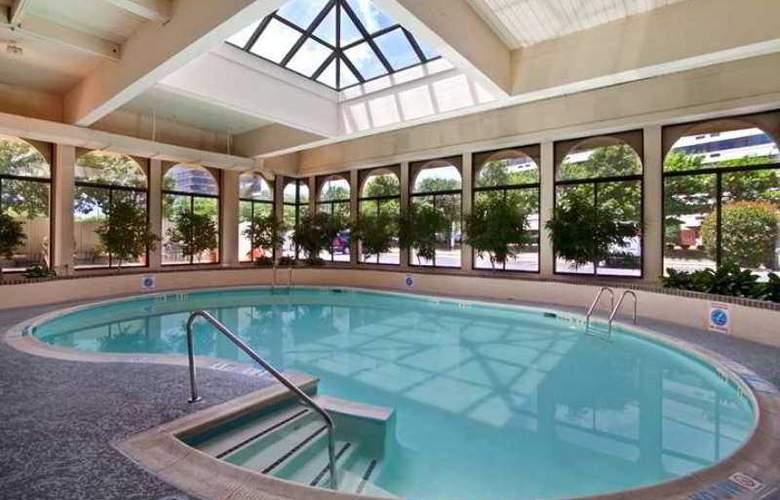 Hilton Springfield - Hotel - 2