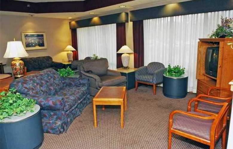 Hampton Inn Appleton-Fox River Mall Area - Hotel - 3