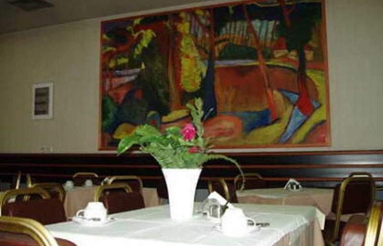 Metropol - Restaurant - 0