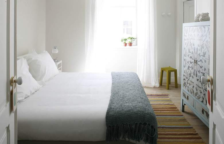 Casa Das Janelas Com Vista - Room - 7