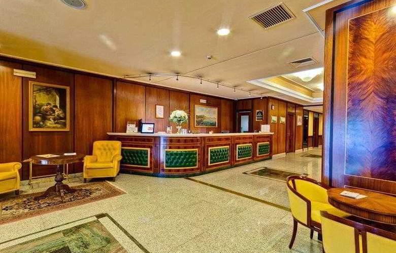 BEST WESTERN Hotel Ferrari - Hotel - 9